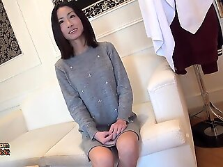 sex , pov , milf , brunette , japanese , asian , mom