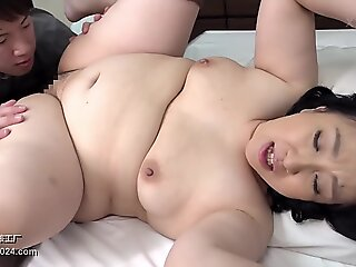 creampie , japanese , asian , mature , mom