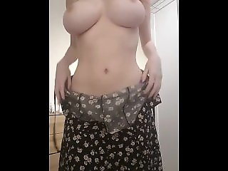 webcam , amateur girlfriends , babe, gorgeus, cute , big tits and boobs